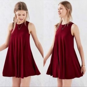 Silence + Noise UO Red Swing Shift Tank Dress Sm